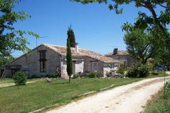 """Gîte rural """"Léa"""" sur Cahors (Lot) en midi pyrénées , sud Ouest"""